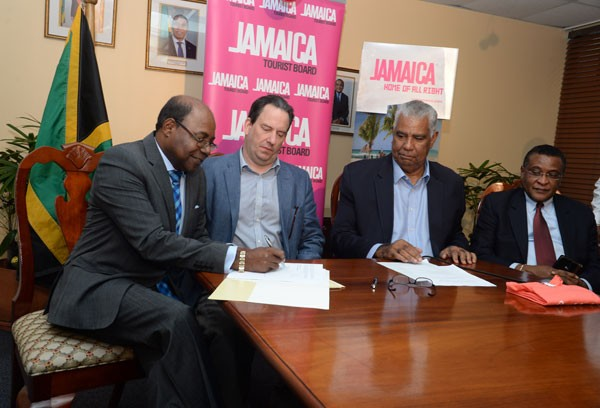 Jamaica Tourist Board Signs MOU with Airbnb